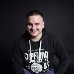 Суратов Максим Александрович