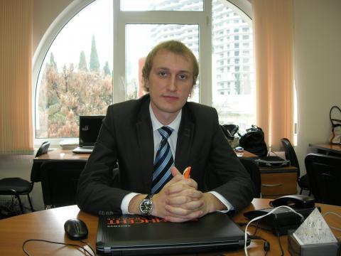 Апряткин Денис Николаевич