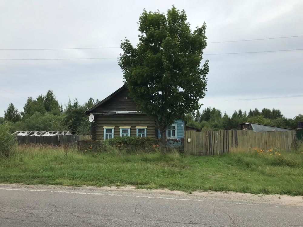 Красная Грива, , дом деревянный с участком 40.0 сот на продажу