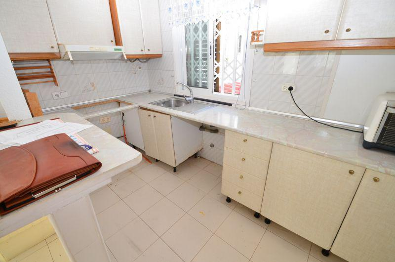 Испания купить 1 комн квартиру у моря недорого