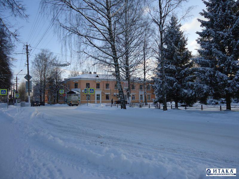 Продать 4-комнатную квартиру мга пгт, комсомольский пр-кт 2 900 000