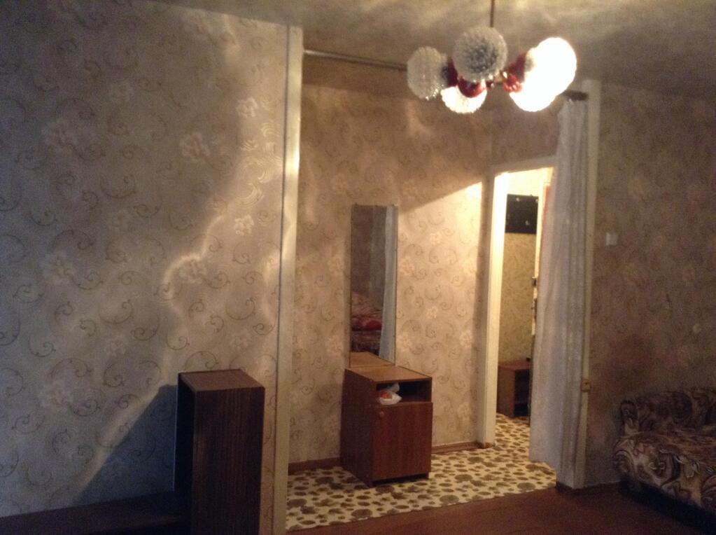 Двухкомнатная квартира в центре города, Купить квартиру в Воскресенске по недорогой цене, ID объекта - 312228305