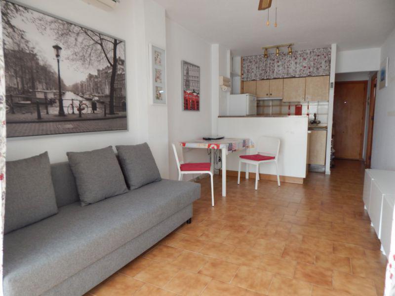 Купить 4 комнатную квартиру в испании