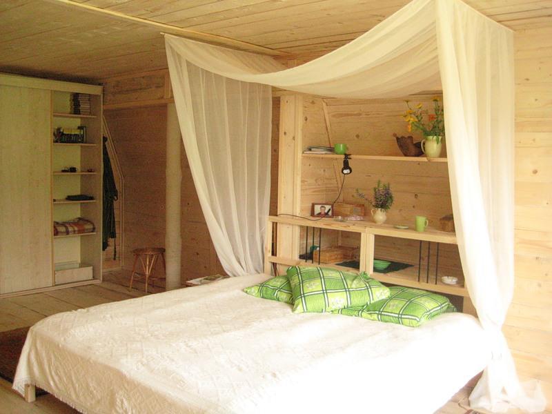 Интерьер для дачной комнаты из вагонки фото
