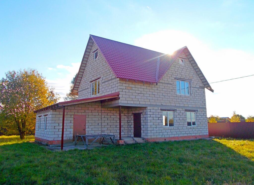 200 кв.м 12,500 руб./кв.м. Продается 2-х этажный дом в деревне дубровка чеховского района московской области. дом 200
