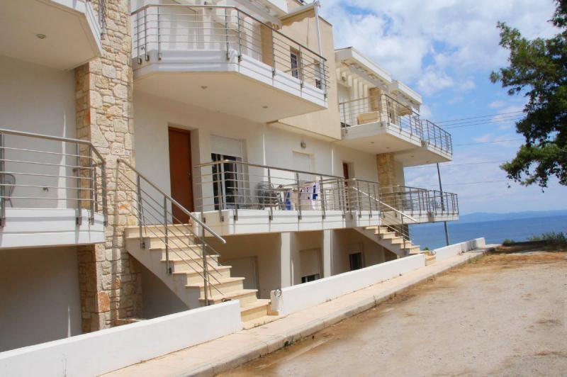 Дома в Икария недорого на берегу моря