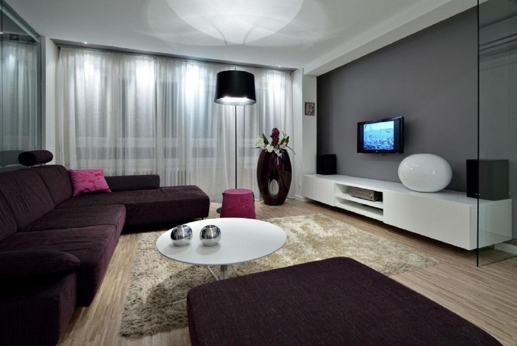 Фото интерьер зала в серых тонах