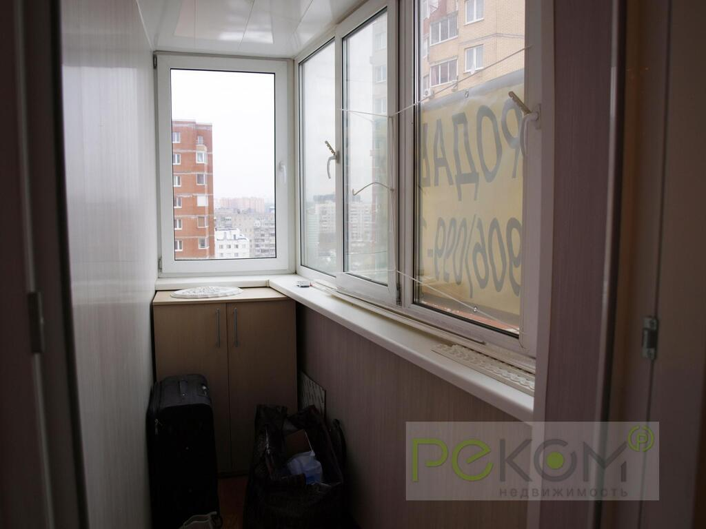 Продам 3-комнатную - ул Чкалова, 7, 75 кв.м. на 12 этаже 17-.