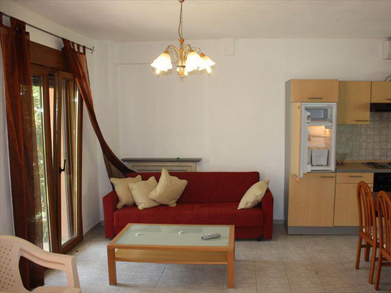 Дом в Кассандра до 100000 евро