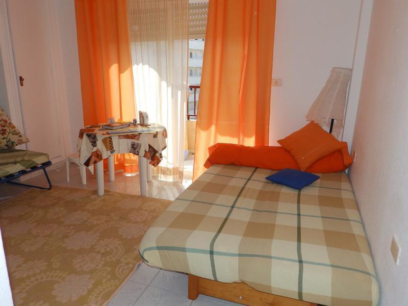 Купить однокомнатную квартиру в испании у моря