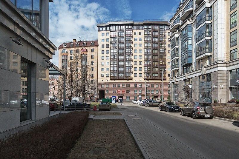 Жк руновский переулок, 12 - это комплекс высотой в девять этажей с эркерами и балконами, построенный на основе