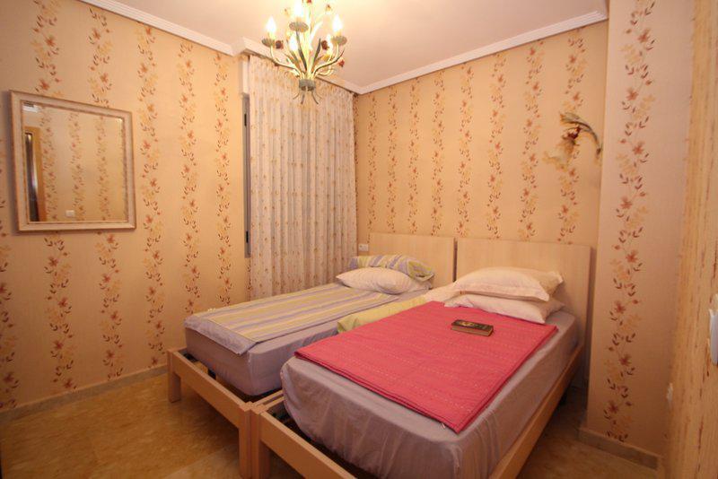Appartamento di quattro stanze a Varazze by the Sea