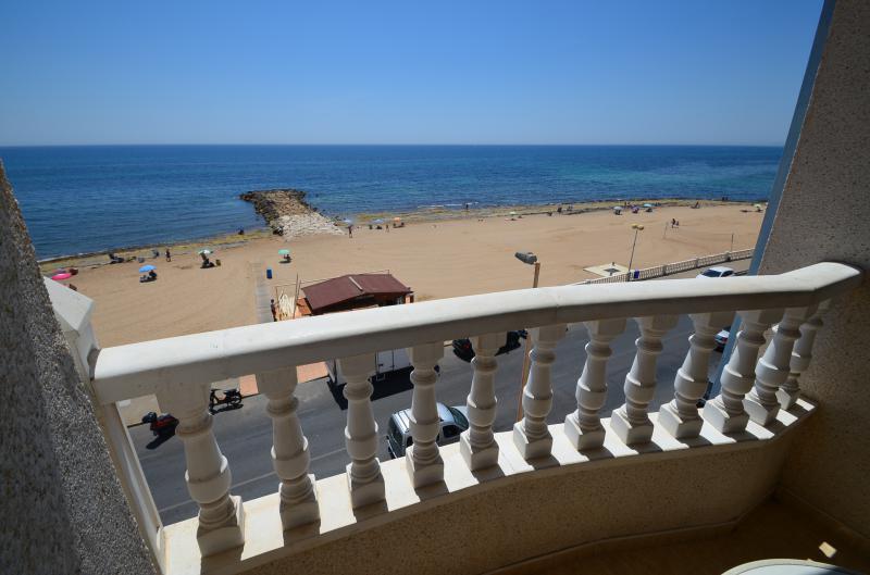 Купить квартиру в испании недорого на берегу коста бланка