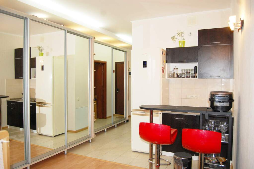 В трёхгорке студии однокомнатные трёхкомнатные шестикомнатные четырехкомнатные пятикомнатные квартиры со