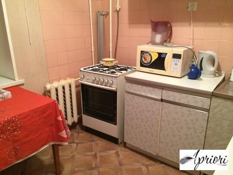 Сдается 1 комнатная квартира в поселке Загорянский, ул Димитрова д.43 - Фото 1