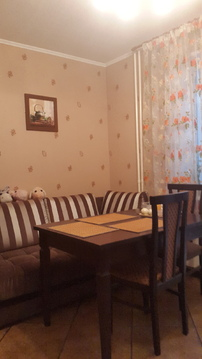 Кухня 15 кв. м . Три балкона .Общая площадь 68 кв.м . Комнаты изолиров - Фото 3