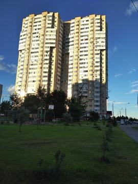 Продаю 2 ком. квартиру ул Загорьевская , дом 25. метро Царицыно - Фото 1