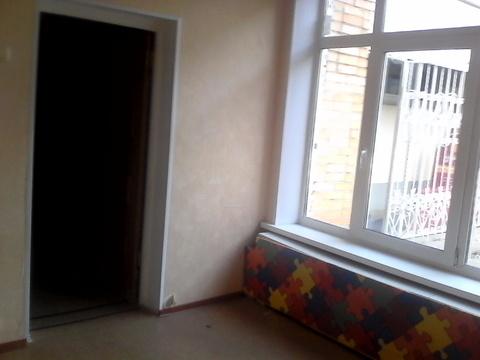 Светлое офисное помещение на первом этаже, три отдельных входа. 135 кв - Фото 5