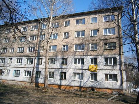 Продается комната с ок, ул. Титова - Фото 1