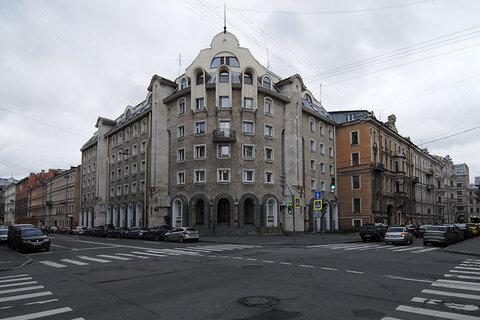 Продается 4-х комнатная квартира, Конная. д.13 - Фото 1