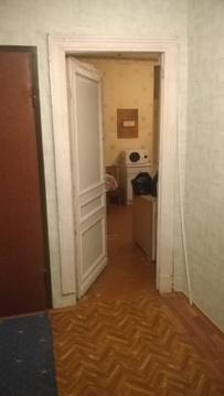 Комтата в трехкомнатной коммуналке в Ватутинках - Фото 1