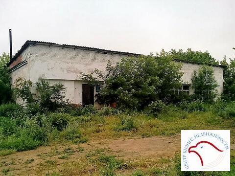 Здание в с. Калиновское 255 кв.м. за 2.1 млн.р. - Фото 1