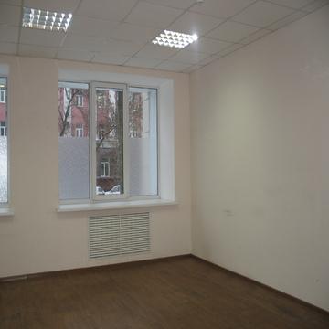 Офисный блок 118 кв.м. в центре с отдельным входом - Фото 2
