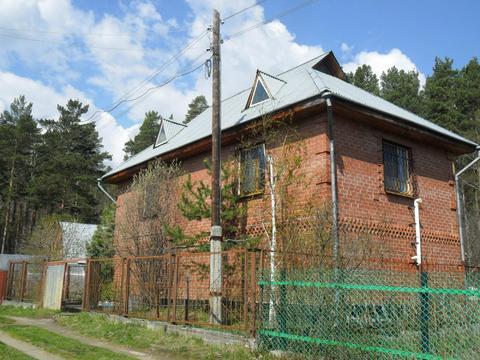 Чусовской тракт, кирпичный дом 120 м2, 2 этажа и баня - Фото 1