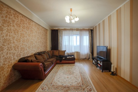 Продается 2-комнатная квартира в районе проспекта Вернадского - Фото 1