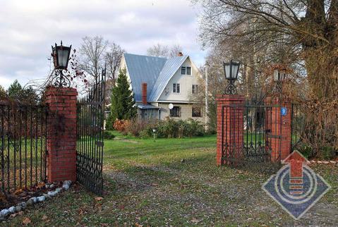 Жилой дом 189 м2 и баня на участке 43,5 сот. в д. Годуново, ул. Тихая - Фото 1