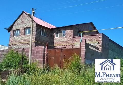 Дом 270 м2 на участке 20 сот, пос. Цементный - Фото 1
