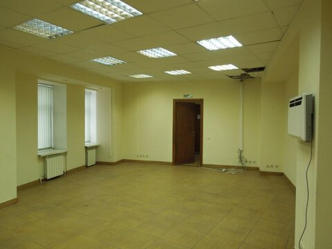 Продам универсальное помещение 305 кв.м. с отд. входом - Фото 2