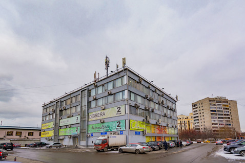 Отдельно стоящее здание с земельным участком в Екатеринбурге - Фото 2