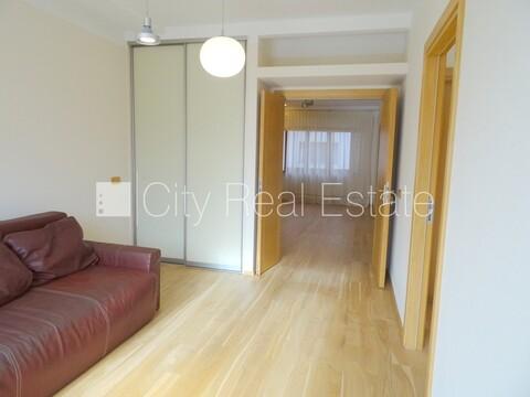 Продажа квартиры, Улица Миера - Фото 3