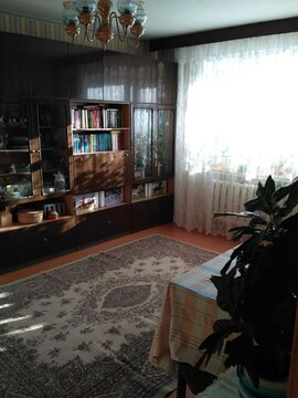 Продается 4-комнатная квартира на ул. Баррикад - Фото 1