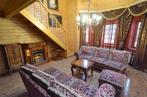 Уютный двухэтажный деревянный дом с собственным выходом в лес - Фото 1