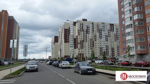 2 комнатная кв. 63 кв. Новая Москва, микрорайон Ватутинки - Фото 1