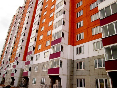 2 к.кв. г.Домодедово, ул. Творчества, к.105 - Фото 1