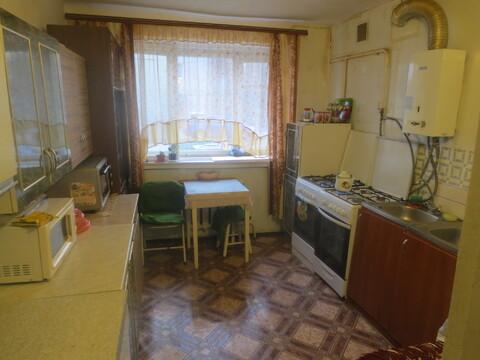 Сдам уютную, просторную комнату 18 м2 в 5 к. кв. в центре г Серпухов - Фото 2