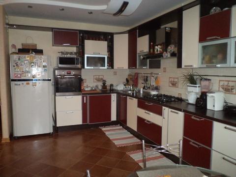 Продажа: 2 эт. жилой дом, ул. В. Буканова - Фото 2