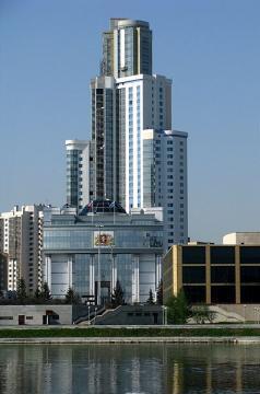 Сдается Шикарная двух комнатная квартира в Центре города. - Фото 4