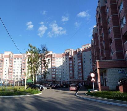 2 комнатная квартира ул. Строителей д. 28 - Фото 1