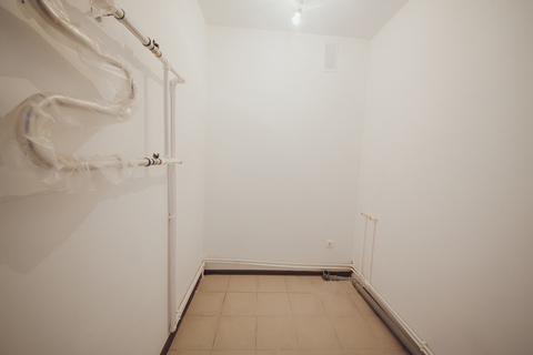 Продажа 2-комн. квартиры, 65 м2, этаж 2 из 3 - Фото 4
