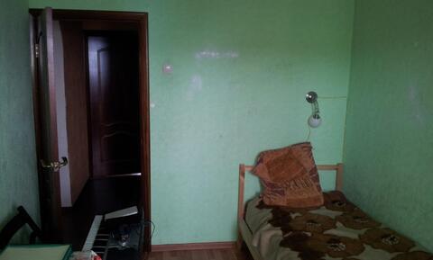 Сдам комнату в 3-х комн. кв. в пгт. Нахабино ул. Красноармейская 55 - Фото 1