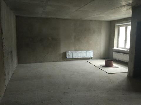 Помещение 100 кв.м на первом этаже жилого дома - Фото 1