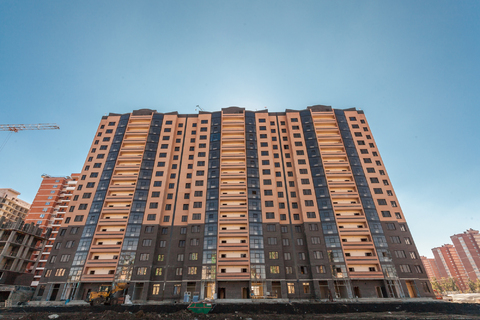 Торговое помещение 76 кв.м. на 1-ом этаже в ЖК «Династия» - Фото 1
