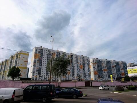 Продажа 2 комнатной квартиры на улице Белобородова 4г - Фото 1