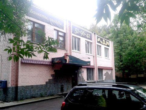 Предлагается в продажу отдельностоящее здание (земельный участок в .
