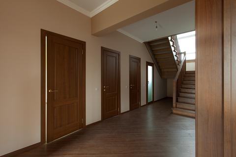 Продается 2х этажный коттедж 280 кв.м. на участке 10 соток - Фото 2