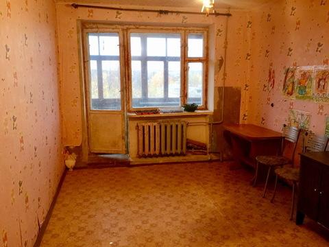 Комната площадью 15 кв.м. с лоджией в пос. Дорохово, ул. Московская 12 - Фото 1